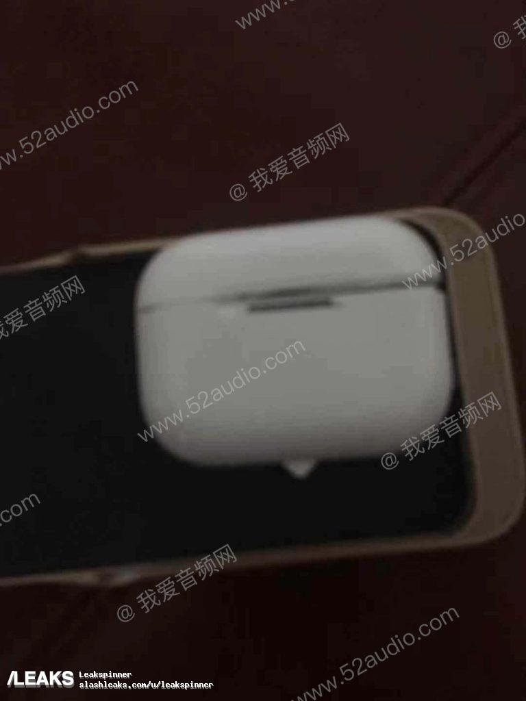 Alleged images of Apple AirPods 3 charging case leaked