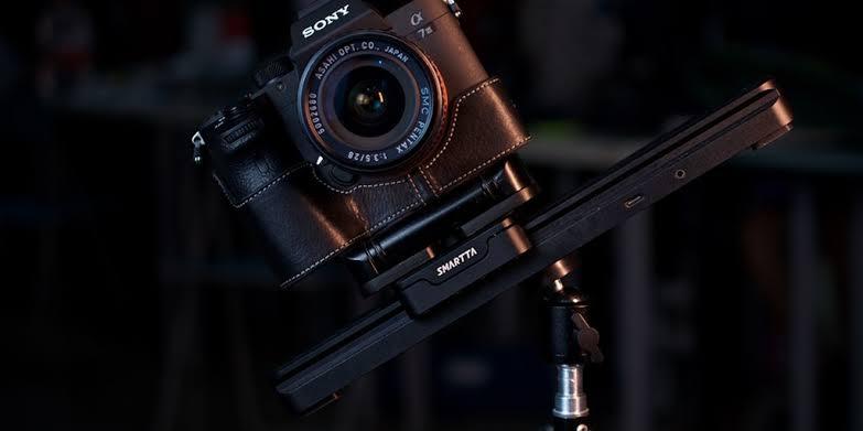 SliderMini: Ultra smooth portable camera slider by Smartta