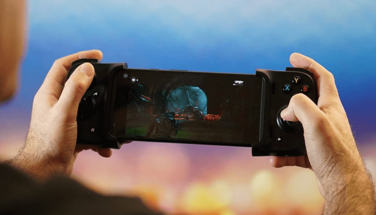 Razer Kishi Mobile Gamepad for Android and iOS (1)