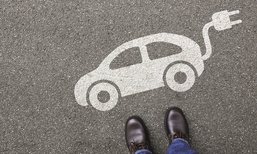 Netherlands government will give 4000 Euros to the citizens buying electric vehicles