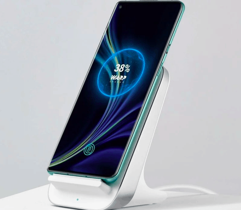 OnePlus 8 Pro 30W wireless charging dock