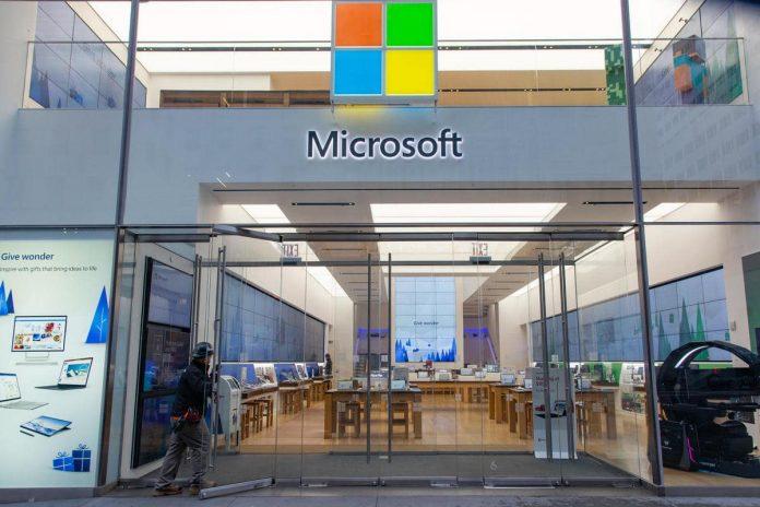 Microsoft to close their retail stores, take $450 million pre tax